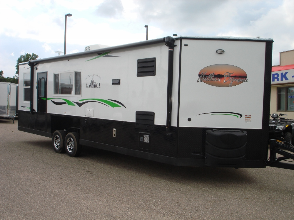 2018 8x26 northern exposure rv toy hauler custom park n sell for Toy hauler fish house