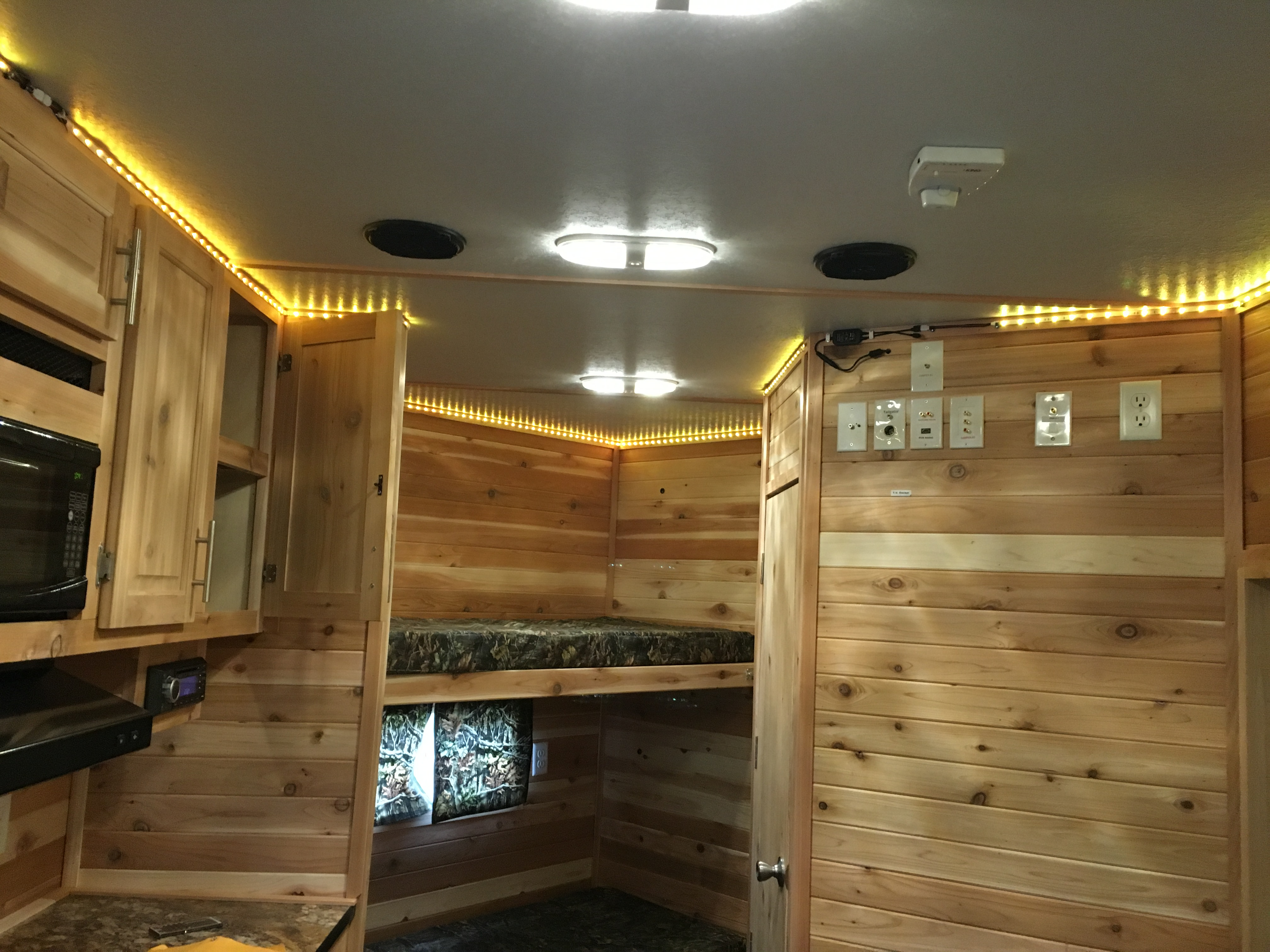 Campers For Sale In Mn >> 2019 Ice Castle 8x17 Trophy Hunter | Park-n-Sell